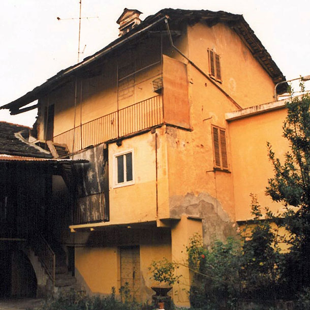 RESTRUCTURING OF HOUSE IN DOWNTOWN – CARAGLIO (CN)