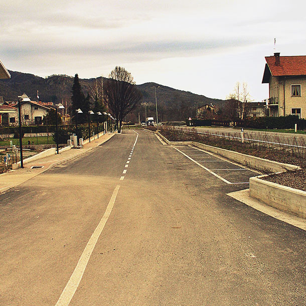 IMPLEMENTATION OF A PEDESTRIAN PATH – GAIOLA (CN)