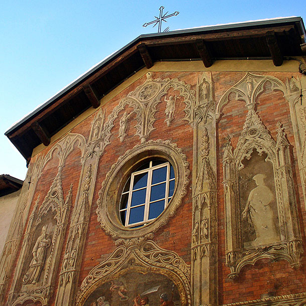 INTERNAL AND RESTORATION OF THE FACADE OF THE CHURCH OF ST GIOVANNI DECOLLATO – DEMONTE (CN)