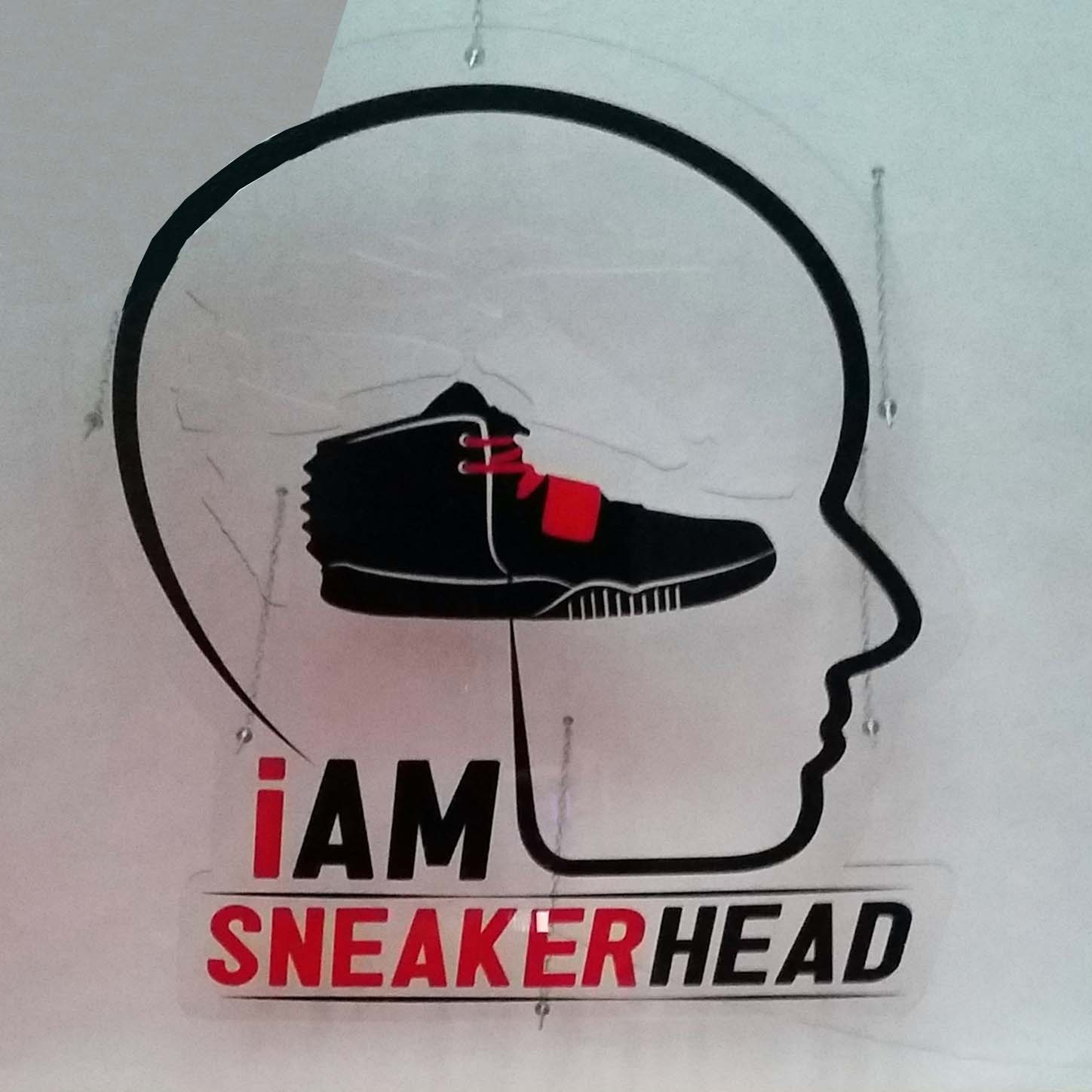 "SHOE SHOP  ""I AM SNEAKERHEAD"" IN CUNEO"